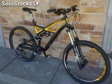 2012 Specialized Enduro Expert Carbon Mountain Bike