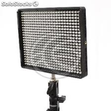 600 led Panel 36W 5500K and 3200K focus (EU90)