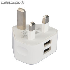 Adaptador de enchufe UK a 2 Puertos USB, ideal para cargar tus dispositivos USB