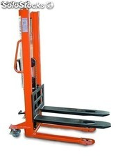 Apilador manual 1000Kg Altura 1600mm