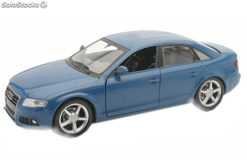 Audi A4 saloon 1:24 New Ray