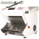 Autocutter with inclined load-single pusher or continued-max cutting width cm: