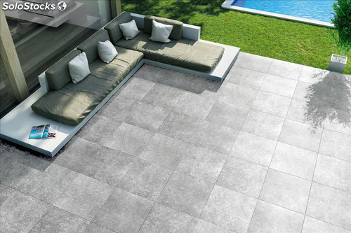 Suelo patio gris for Limpio jardin contemporaneo