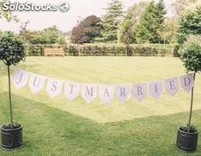 Banner Just Married Blanco. Banderines para boda