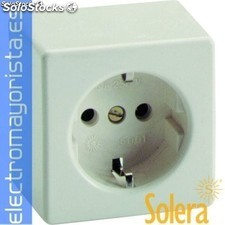Base superf.bip.t.t.lateral 10/16A 250V solera Referencia: 5001