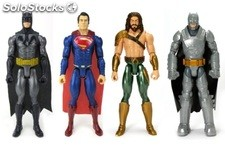 Batman vs superman figurine 3