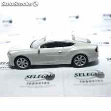 Bentley continental gt blanco escala 1/43 welly coche metal miniatura