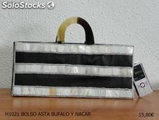 Bolso Exclusivo Nacar y Asta de Bufalo Colores Blanco Negro ideal Fiesta