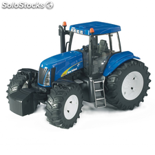 Bruder Tractor New Holland TG285 1:16 03020