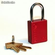 Candado Lockout X05 color Rojo