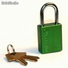 Candado Lockout X05 color Verde