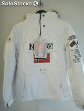 Canguro Geographical Norway blanco