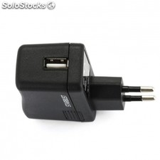 Cargador pared ngs starbust - usb - 5V - 2A - compatible con MP3 / MP4 /