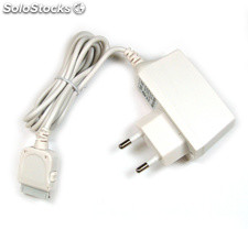 Cargador red para iPod, Iphone 3G, 4, 4s, Ipad, color blanco