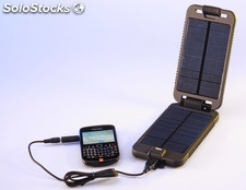 Cargador solar Power Traveller Solarmonkey Adventurer