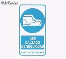 Cartel señalizacion use calzado de seguridad evite accidenetes