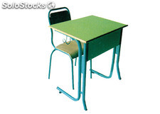 chaise et table scolaire