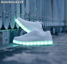 Chaussures Led Lumineuses neuves 2016 norme CE