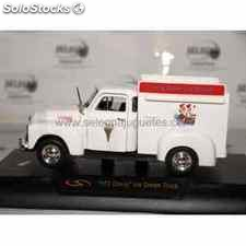 Chevy ice cream truck 1953 escala 1/32 signature models coche metal