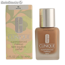 Clinique - superbalanced fluid 09-sand 30 ml
