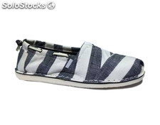 Closeout Surplus Branded klassischen Canvas Slip-on Schuhe Stock-Lose