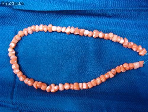 Collares coral rosa