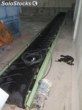 Conveyor of 7.80 m x 0.50. Motor gearbox 1.5 Kw (2 hp) at 70 rpm.