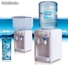 dispensador de agua con nevera