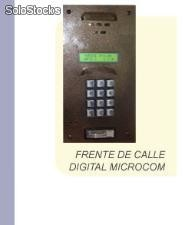 Frente de calle Digital Microcom