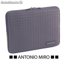 Funda tablet gris taxsa