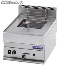 Gas and Electric range 4 burners