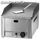 Gas countertop griddle - mod. fry1/rm - grooved plate - power 4 kw - cooking