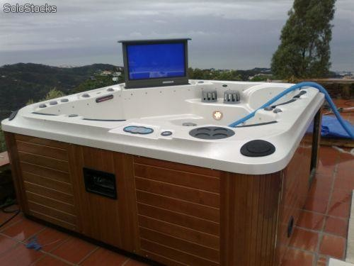 jacuzzi spa theater rialto tv 32 39 radio dvd super lujo barato On jacuzzi segunda mano baratos