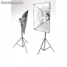 Kit Iluminación : 2 x Softbox con trípodes con 10 Bombillas de 45 W. Incluye