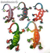 lagarto colores resina pared