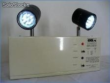 Lampara emergencia eeisa lu-1 led 4 HrS 2 reflectores led 35w c/u cubren 350 m2