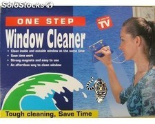 Limpiacristales window cleaner