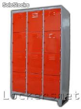 Lockers anchos