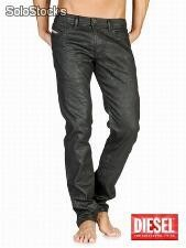 Lots de Jeans diesel homme shioner 8x6 en destockage Chez footloose