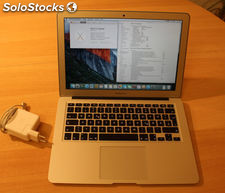 MacBook Pro 15.4-Inch Laptop with Retina Display.
