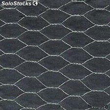Malla gallinero hexagonal triple torsion 1m. alto 19mm. de hueco