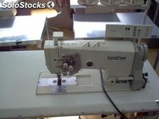 Maquina de Coser, Doble Aguja, desembragables. BROTHER B-845-905.