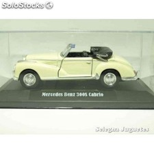 Mercedes benz 300s cabrio (vitrina) escala 1/34 a 1/39 welly coche