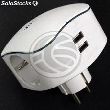 Multiplier pin plug schuko triple white with USB Charger 5VDC (IA97)