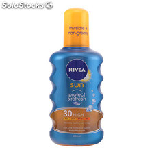 Nivea - protect & refresh sun spray SPF30 200 ml