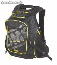One technical backpack negro