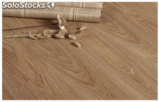 Piso laminado brillante, semi brillante texturizados, 8.3mm, doble click HDF