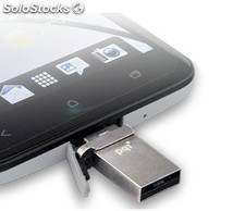 PQI Connect 201, memoria micro-USB 8GB para Tablets y Smartphones