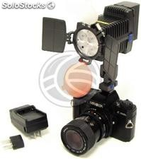 Professional 4 LED Torch of 1450 lux with Sony F750 battery (ER02)