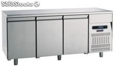 Refrigerated table 700 Three Doors